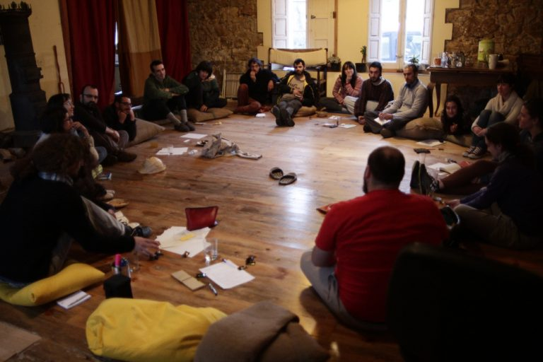 asamblea mediación artistica